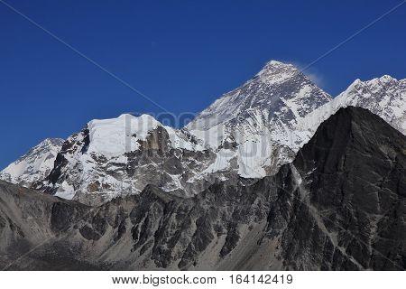 Mount Everest in Autumn. Peaks of Lobuche East and Nuptse.