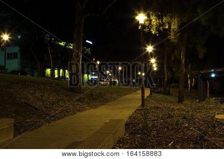 Rockhampton river bank park at night (South Bank)