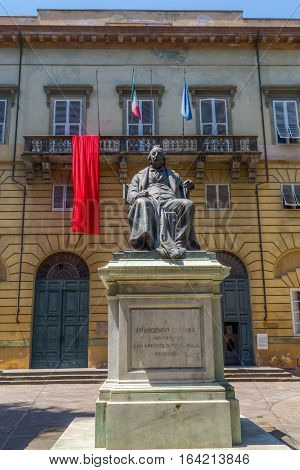 Statue Of Francesco Carrara In Lucca, Italy