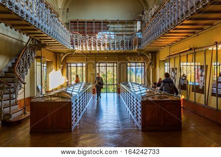 Paris, France - October 16, 2016: Gallery Of Palaeontology And Comparative Anatomy In Paris, With Un