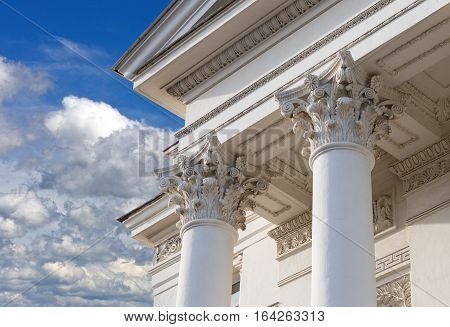 the Overhead part of large white columns
