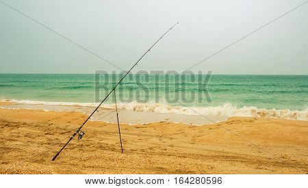 classic surf fishing with the feeder rod