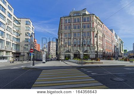 MOSCOW RUSSIA - OCTOBER 2 2016: The combination of different styles of architecture in Moscow. Constructivism and the tradition of architecture of the late 19th century.
