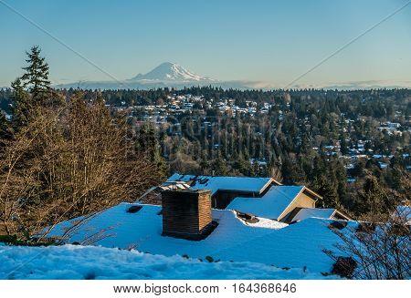 A veiw of Mount Rainier in January from Burien Washington.