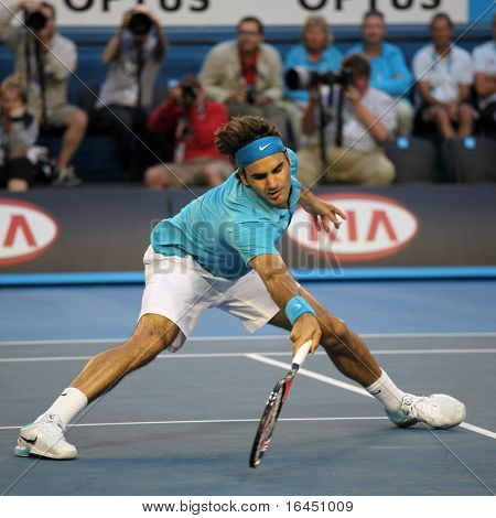 MELBOURNE - JANUARY 27: Roger Federer in action at his win over Nikolay Davydenko during a quarter final match in the 2010 Australian Open on January 27, 2010 in Melbourne