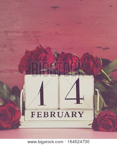 Valendar Calendar Date With Red Roses.