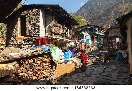 JAGAT VILLAGE NEPAL ANNAPURNA REGION 22th MARCH 2016 - Jagat village with nepalese people one of the best villages in Annapurna region