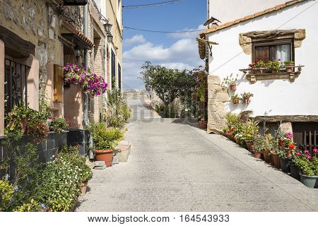 a street in Jérica town, Province of Castellón, Spain