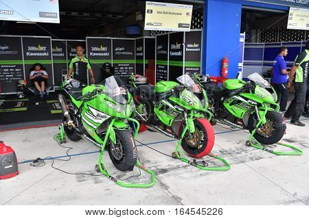 BURIRAM - DECEMBER 4 : Kawasaki Motorcycle of Manual Tech KYT Kawasaki Racing in Asia Road Racing Championship 2016 at Chang International Racing Circuit on December 4 2016 Buriram Thailand.
