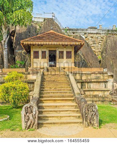Isurumuniya Rock Temple
