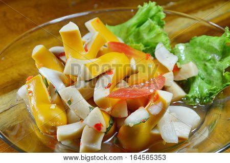 spicy pork sausage salad on glass dish