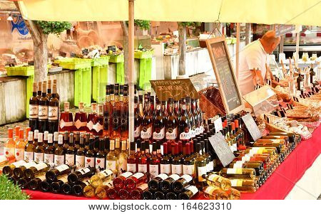 La Flotte France - september 27 2016 : wine at the market