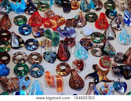 Precious Hangings And Murano Glass Accessories For Sale In Marke