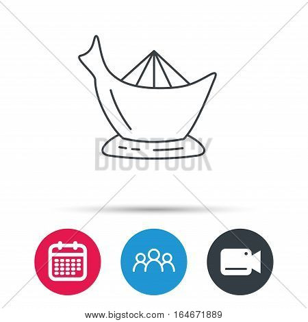 Juicer icon. Squeezer sign. Kitchen electric tool symbol. Group of people, video cam and calendar icons. Vector