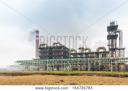sulfuric acid plant use pyrite as raw material to product sulfuric acid by combustion oxidation in the reformer