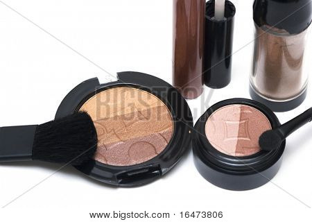 Bronze set for make-up, eyeshadows, rouge, blusher and gloss