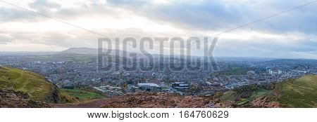 Panoramic view of Edinburgh as seen from the top of Arthur's seat