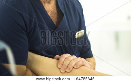 Surgeon With Knee Mobility
