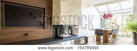 Tv Living Room With Fireplace
