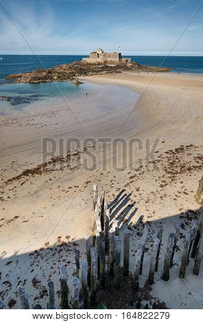 Eventail beach and fort national in Saint-Malo, Bretagne France