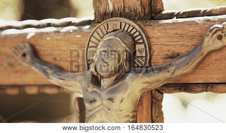 the crucifixion of Jesus Christ as a symbol of God's love for people