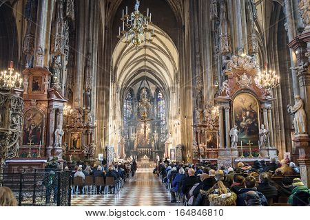Vienna, Austria January 17, 2016. Worshippers pray in the church of St. Stephen in Vienna.