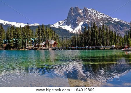 Emerald lake in Yoho National Park in British Columbia