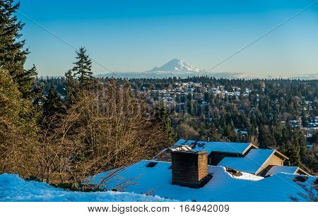 A view of Mount Rainier in January from Burien Washington.