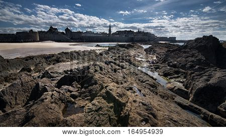Incredible view from the National fort to the Saint-Malo's walls and castle, Bretagne, France