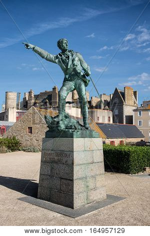 Monument of Robert Surcouf in Quebec house yard, Saint-Malo, Bretagne, France