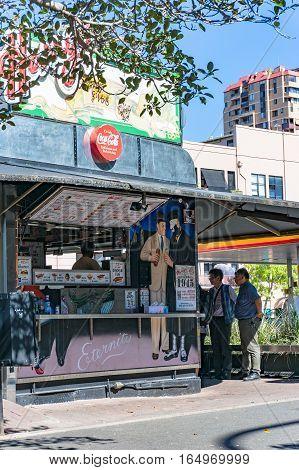 Harrys Cafe De Wheels, Iconic Counter-service Pie Seller