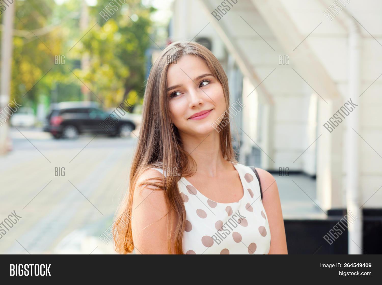 Teen Girl Edging Masturbation