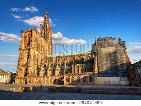 Notre Dame De Strasbourg And Beautiful Sunrise, France