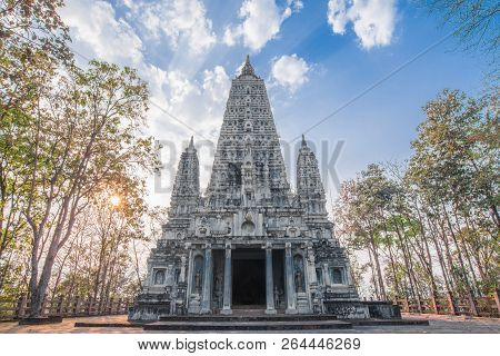Bodh Gaya, Mahabodhi Temple Bodh Gaya From India Is Located In Thailand