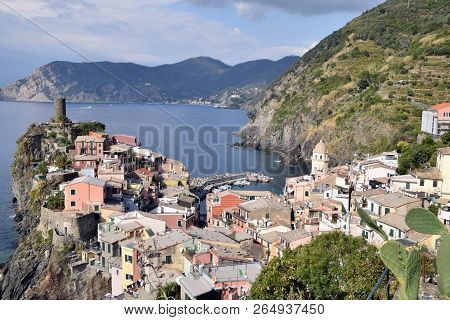 Panoramic View Of The Characteristic Village Of Vernazza In The Cinque Terre In Liguria - Italy