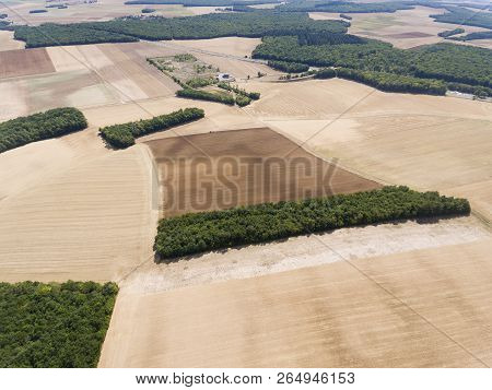 View Of Country In Saint-cyr-les-colons, Yonne, Bourgogne-franche-comte, France