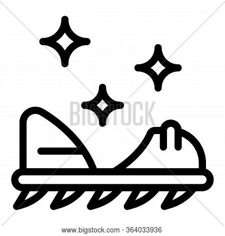 Climbing Spikes Icon. Outline Climbing Spikes Vector Icon For Web Design Isolated On White Backgroun