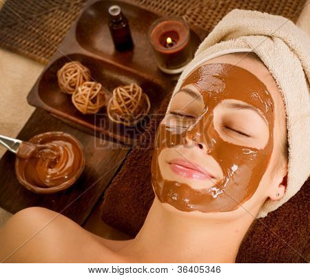 Chocolate Mask Facial Spa. Chocolate Treatments. Beauty Spa Salon