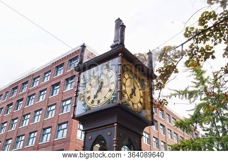 Steam Clock (vancouver, Canada). One Of Vancouver's Most Famous Tourist Attractions.