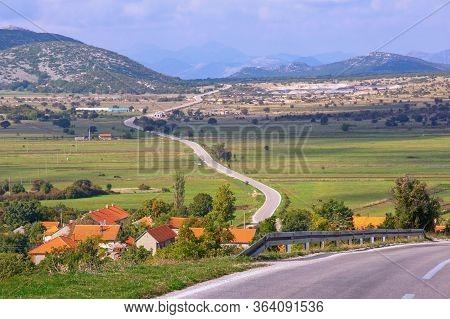 Autumn Balkan Road Trip. Bosnia And Herzegovina, Republika Srpska, Zubacko Polje. View Of Grab Villa
