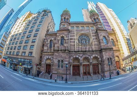 New York,usa-march 9,2020: Exterior Of Central Synagogue,a Reform Synagogue In Midtown Manhattan.bui