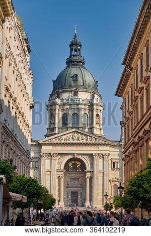 Budapest / Hungary - October 20, 2018: St. Stephen Basilica, Roman Catholic Basilica In Budapest, Hu