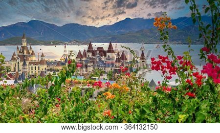 1.02.2020 Vinpearl Land, Nha Trang, Vietnam Lying On The Hon Tre Island, Is A Resort Island With A W