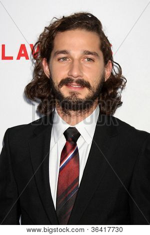 LOS ANGELES - AUG 22:  Shia LaBeouf arrives at the