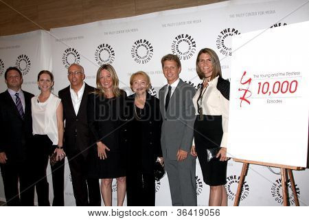 LOS ANGELES - AUG 23:  Scott Martin, Lauralee Bell, Bill and Maria Bell, Lee Bell, Brad and Colleen Bell arrive at