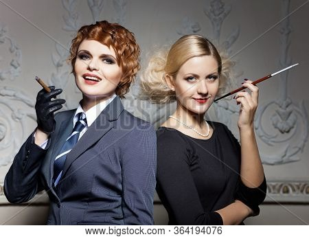 04.30.2020. Studio Portrait Of Girls In Retro Style, Romantic, In The Classic Interior Of The 20s, A