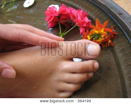 Foot Bath 1f