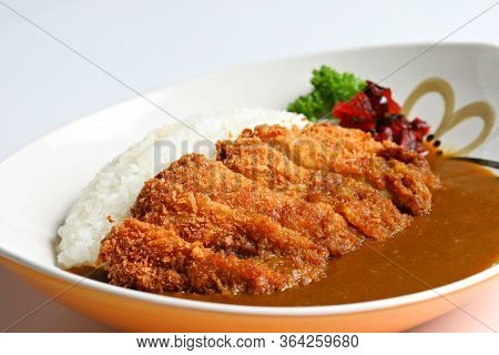 Tonkatsu, Japanese Pork Cutlet, Japanese Deep-fried Pork Curry Rice, Japanese Curry, Katsu Curry On