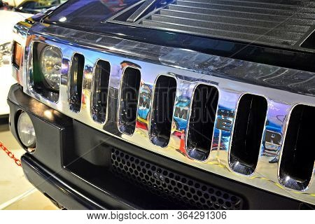 Pasay, Ph - May 19 - Hummer Front Grill At Trans Sport Show On May 19, 2018 In Pasay, Philippines.