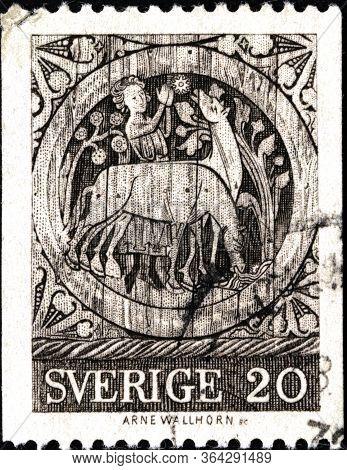 02 11 2020 Divnoe Stavropol Krai Russia The Postage Stamp Sweden 1970 Church Painting - Stephen, The